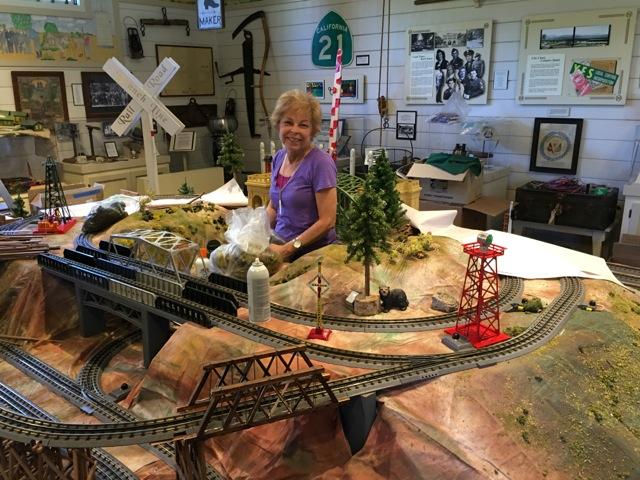 Train Cheryl Vol